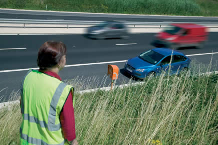 Highway Code Rule 275